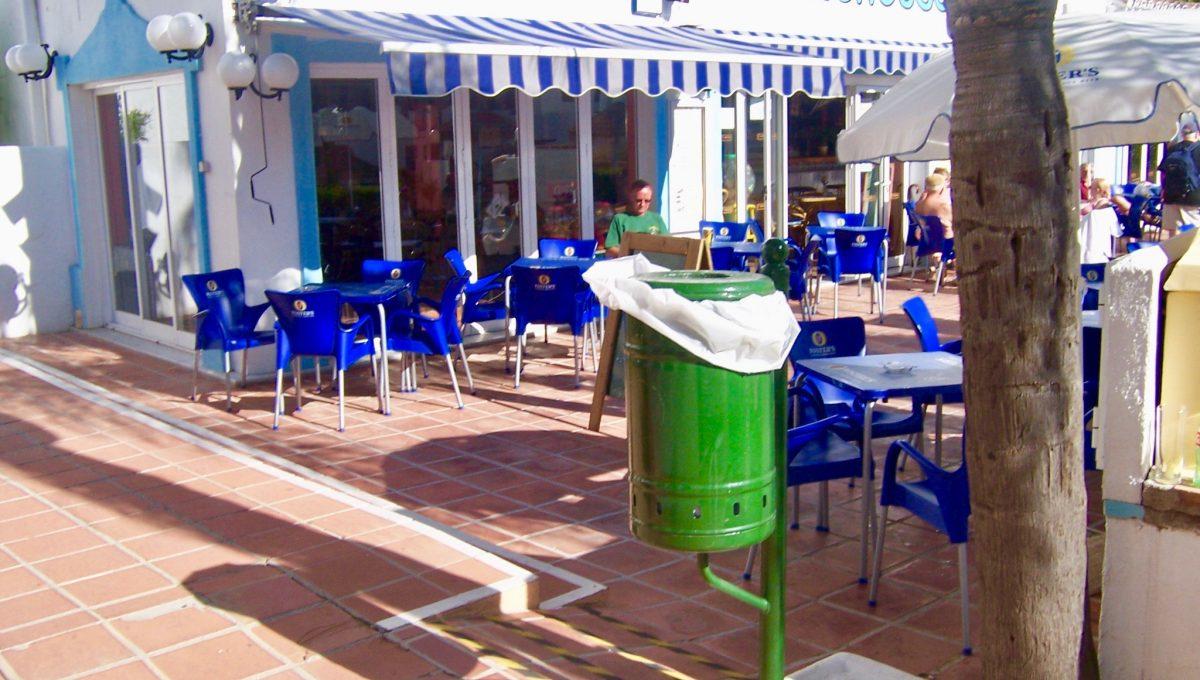Urbanización con bar restaurante en las zonas comunes