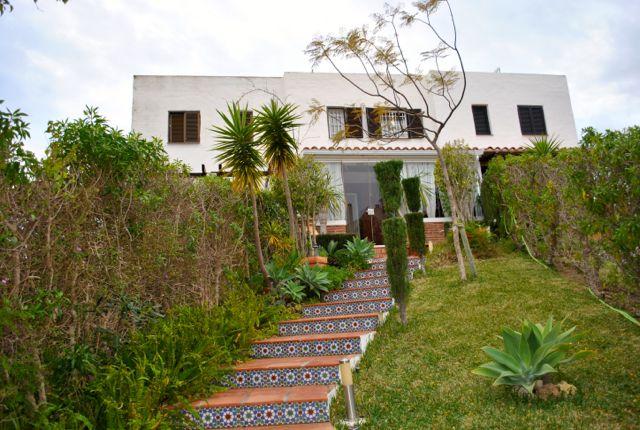 casa a la venta con jardín