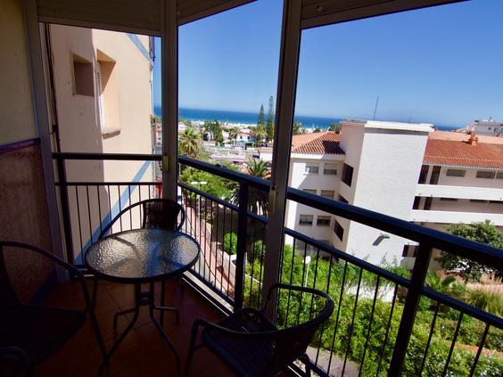 Apartamento junto a Puerto Marina