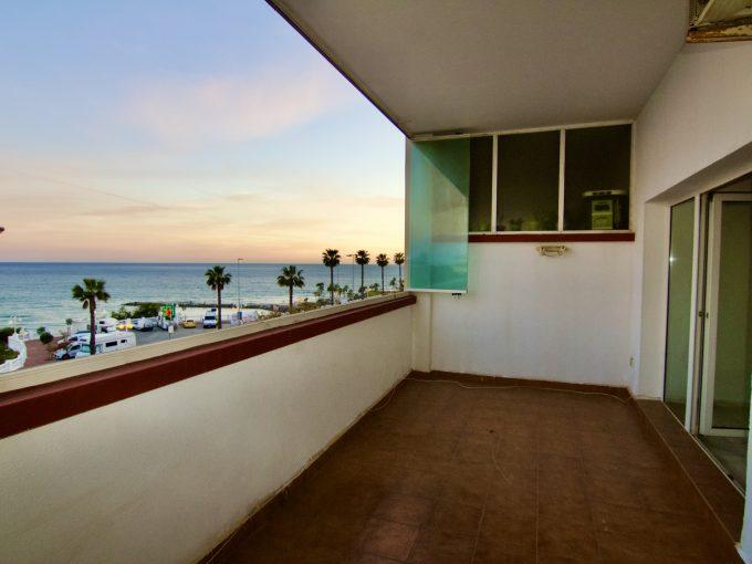 Apartamento en Torrequebrada con vistas al mar