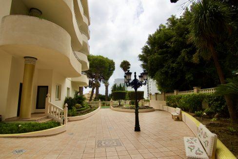 Apartamento de lujo junto a Puerto Marina