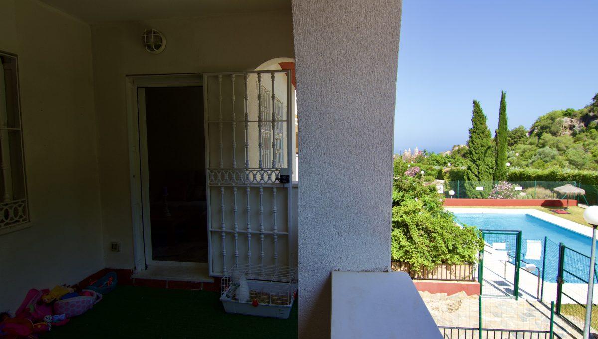 Apartamento con terraza con vistas