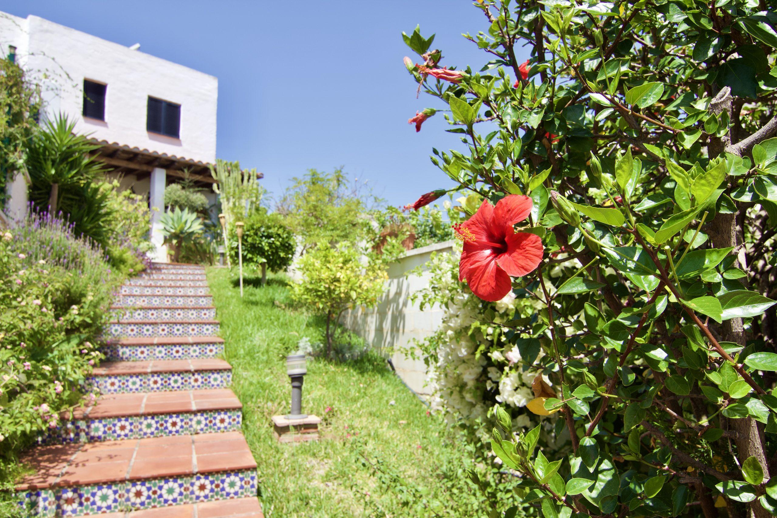 Venta de casa pareada en Benalmádena Costa, zona de Torrequebrada.muy buenas vistas al mar