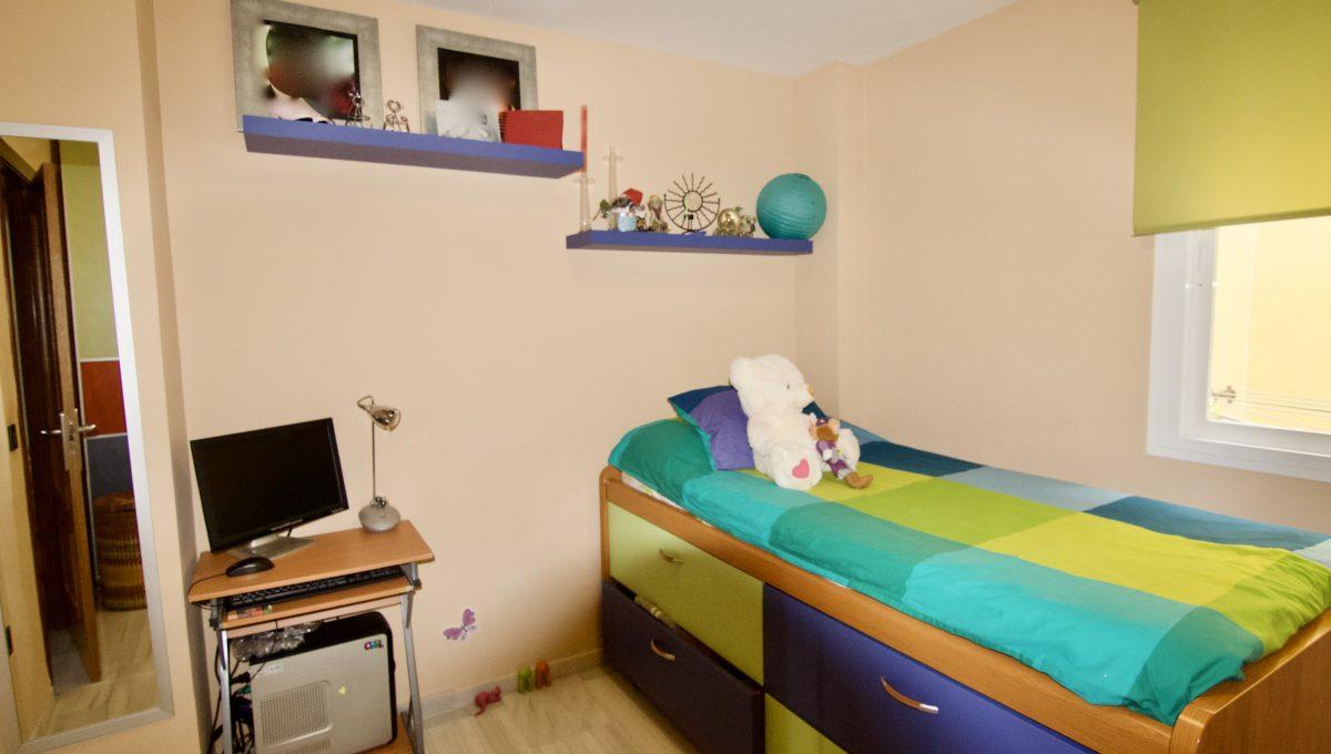 Amplio piso de 4 dormitorios en el Pinillo