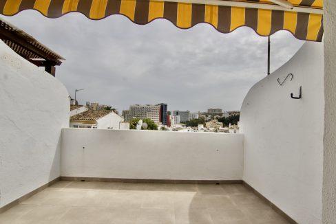 Apartamento reformado con terraza